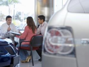 Latinos Buying a Car