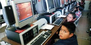 Computers and online latinos