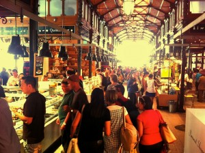 Latinos in U.S. Going Shopping 3