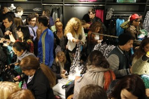 Latinos in U.S. Going Shopping 5